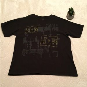DC T-shirt black with two logo print.